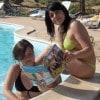 Cinzia e Federica a Tenuta Stoccatello (Menfi) in piscina ma sempre con Sorrisi