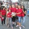 Francesca e le sue amiche del fansclub di Paolo Meneguzzi con «Sorrisi» in attesa del concerto del loro idolo