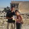 Giulia e Luca con «Sorrisi» ad Atene