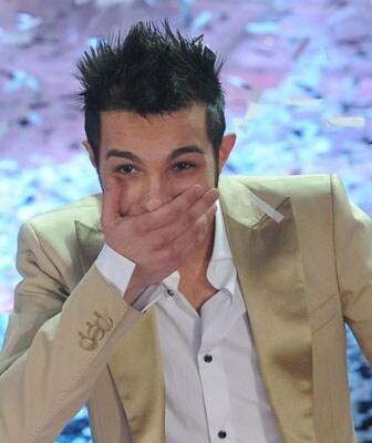 Marco Carta è proclamato vincitore di Sanremo 2009