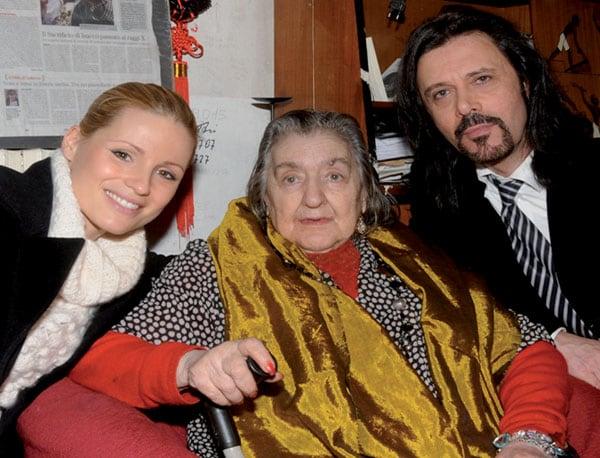 Michelle Hunziker, Alda Merini e Giovanni Nuti