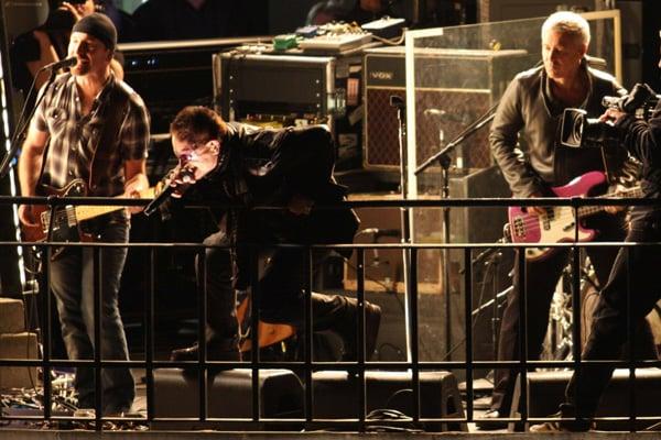 Gli U2 si sono esibiti a sorpresa a Londra sul tetto del palazzo della Bbc  (Foto Kika Press & Media)