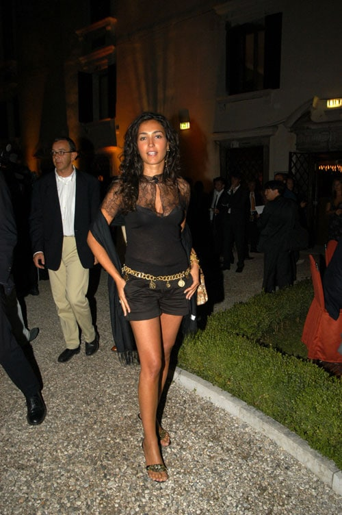 [IMG]http://www.sorrisi.com/wp-content/uploads/2009/04/caterina-balivo.jpg[/IMG]