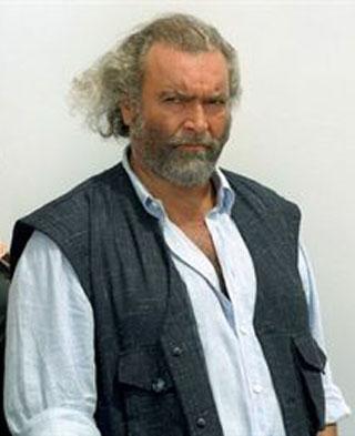DIEGO ABATANTUONO, attore, 54 anni