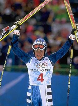 DEBORAH COMPAGNONI, ex sciatrice, 39 anni