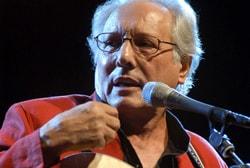 ENZO JANNACCI, cantautore, 74 anni