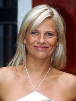 LAURA FREDDI, showgirl, 37 anni