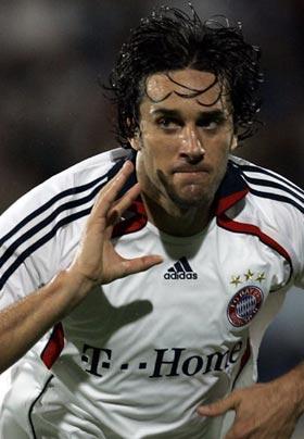 LUCA TONI, calciatore, 32 anni