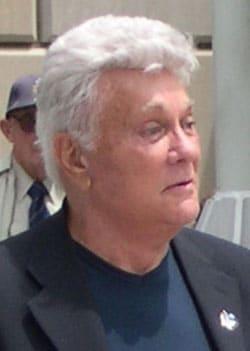 TONY CURTIS, attore, 84 anni