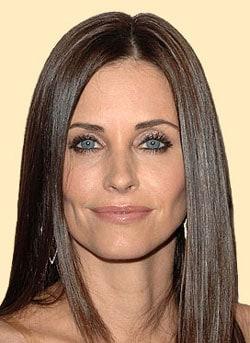 COURTENEY COX, attrice, 45 anni