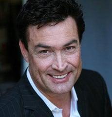 DANIEL McVICAR, attore, 51 anni