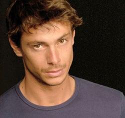 GIORGIO PASOTTI, attore, 36 anni