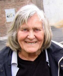 MARGHERITA HACK, astrofisica, 87 anni