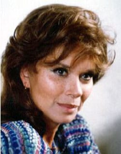 LEA MASSARI, attrice, 76 anni