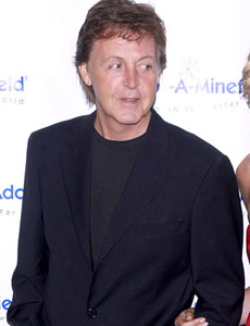 PAUL MCCARTNEY, cantante, 67 anni
