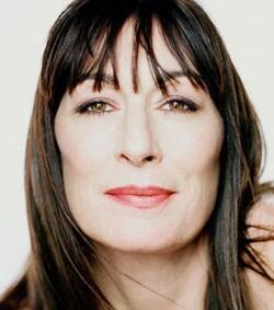 ANJELICA HUSTON, attrice e regista, 58 anni
