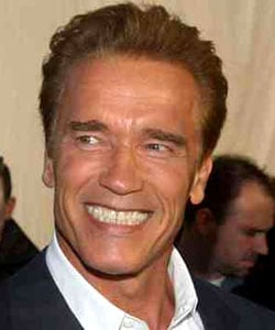 ARNOLD SCHWARZENEGGER, ex attore e attuale Governatore della California, 62 anni