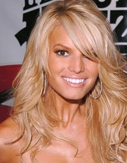 JESSICA SIMPSON, cantante e attrice, 29 anni