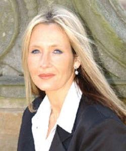 J.K. ROWLING, scrittrice, 44 anni