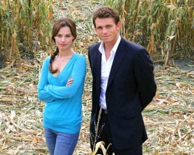 Toinette Laquière e Arnaud Binard rispettivamente Laure e Xavier protagonisti del telefilm Mystère
