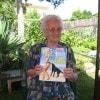 Ecco nonna Odila, 95 anni, di Pietrasanta con la sua immancabile copia di «Sorrisi»