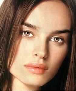 KASIA SMUTNIAK, attrice, 30 anni