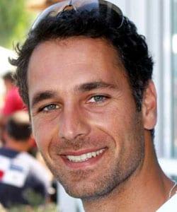 RAOUL BOVA, attore, 38 anni