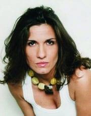 SIMONA BENCINI, cantante, 40 anni