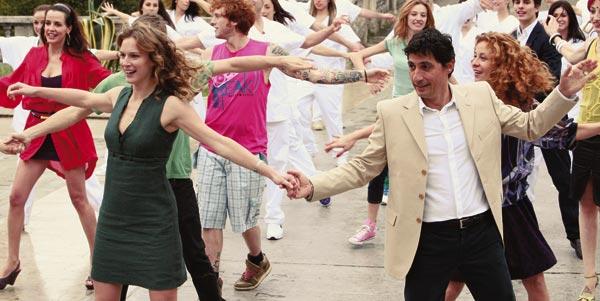 Antonia Liskova e Emilio Solfrizzi in «Tutti pazzi per amore 2»