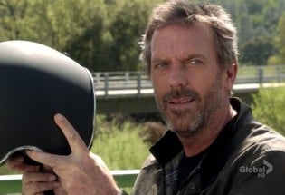 Hugh Laurie nella sequenza finale di Dr. House - Medical Division