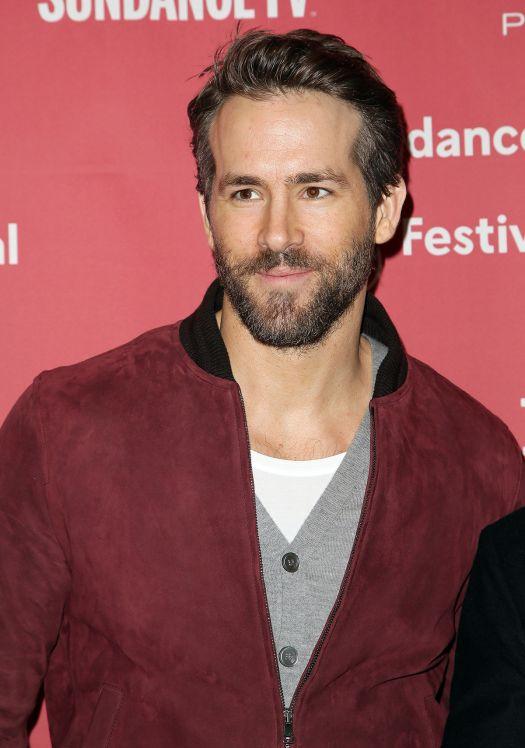 Indiana Jones 5, dieci attori per sostituire Harrison Ford ... Ryan Reynolds Indiana