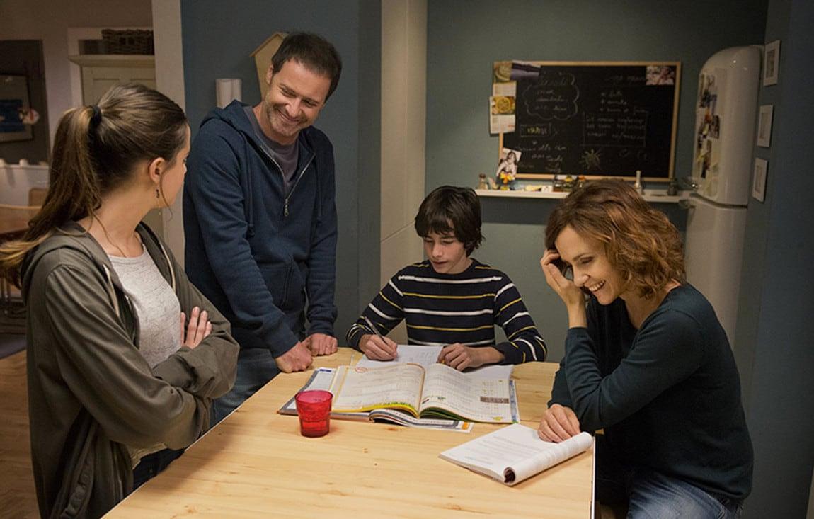 Tutto pu succedere la nuova fiction di rai 1 tv for Tutto x la casa