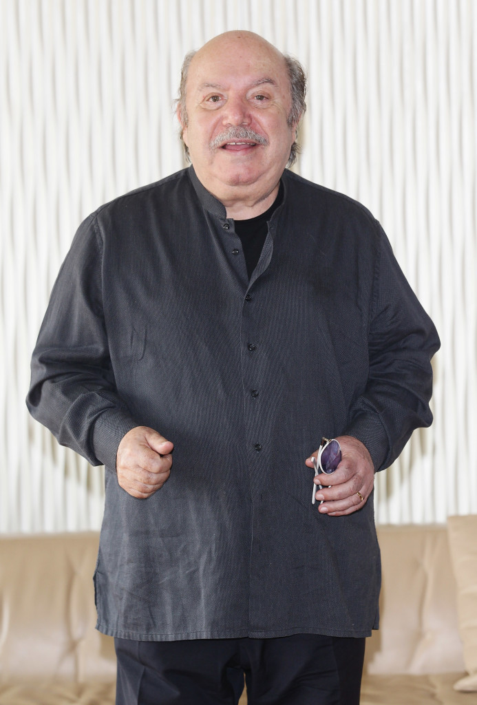SCARICARE FILM COMICO LINO BANFI TELEFONINO GRATIS