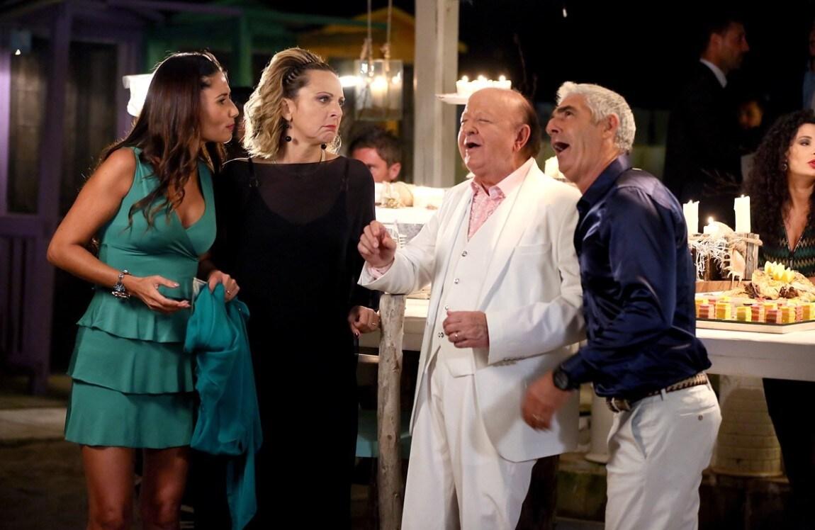 Natale Al Sud.Un Natale Al Sud Cast E Personaggi Del Film Tv Sorrisi E Canzoni