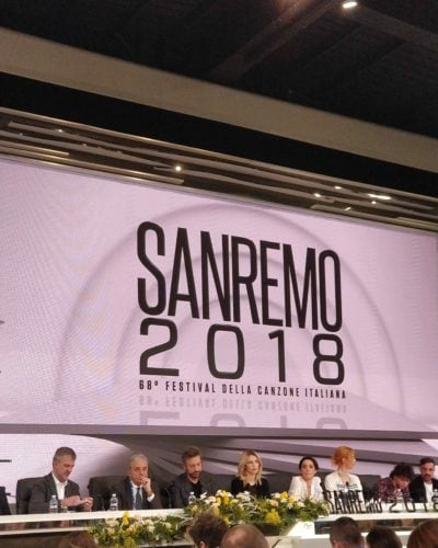 Sanremo 2018 la terza serata si apre con Via di Claudio Baglioni