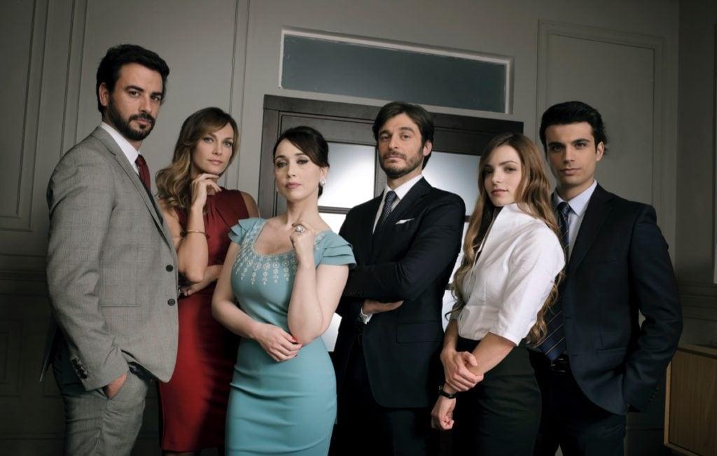 Non dirlo al mio capo! 2»: trama cast e personaggi tv sorrisi e
